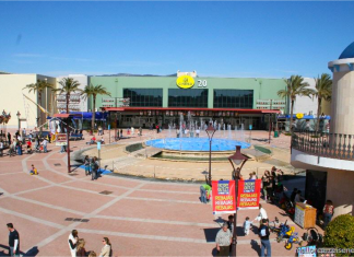 Outletbutiker, outlet, festival park, shopping