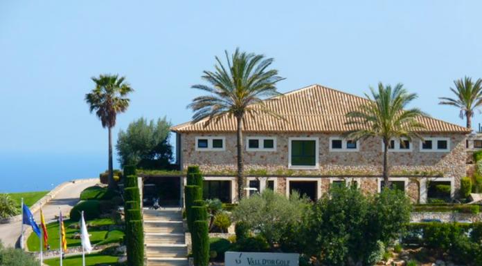 Vall dor Golf, Golf, Golfbanor, Porto Colom