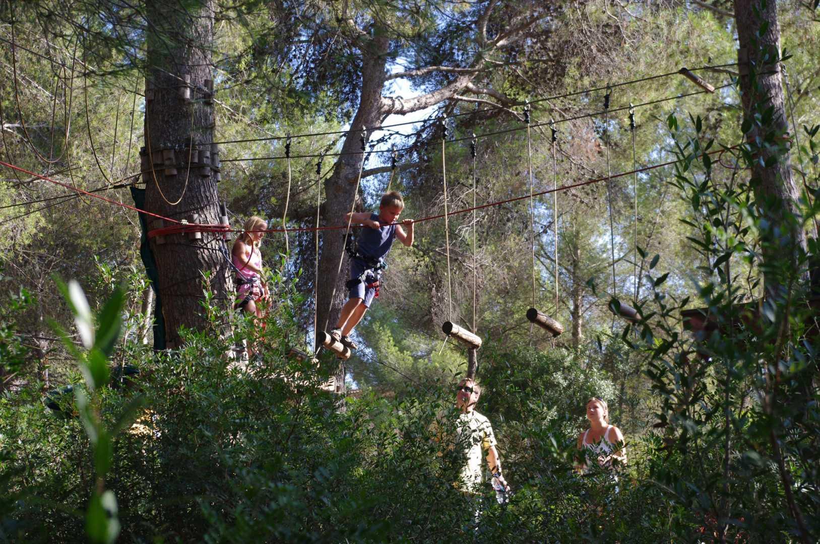 Jungle Parc - Santa Ponsa och Bendinat  Mallorcaguide