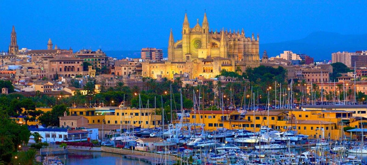 Katedralen-och-hamnen